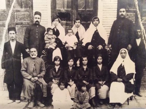 eghrari_family_group_photo_1921