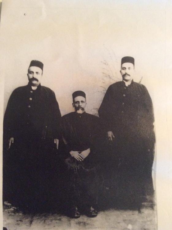 jinab-i-ilyahu_and_sons